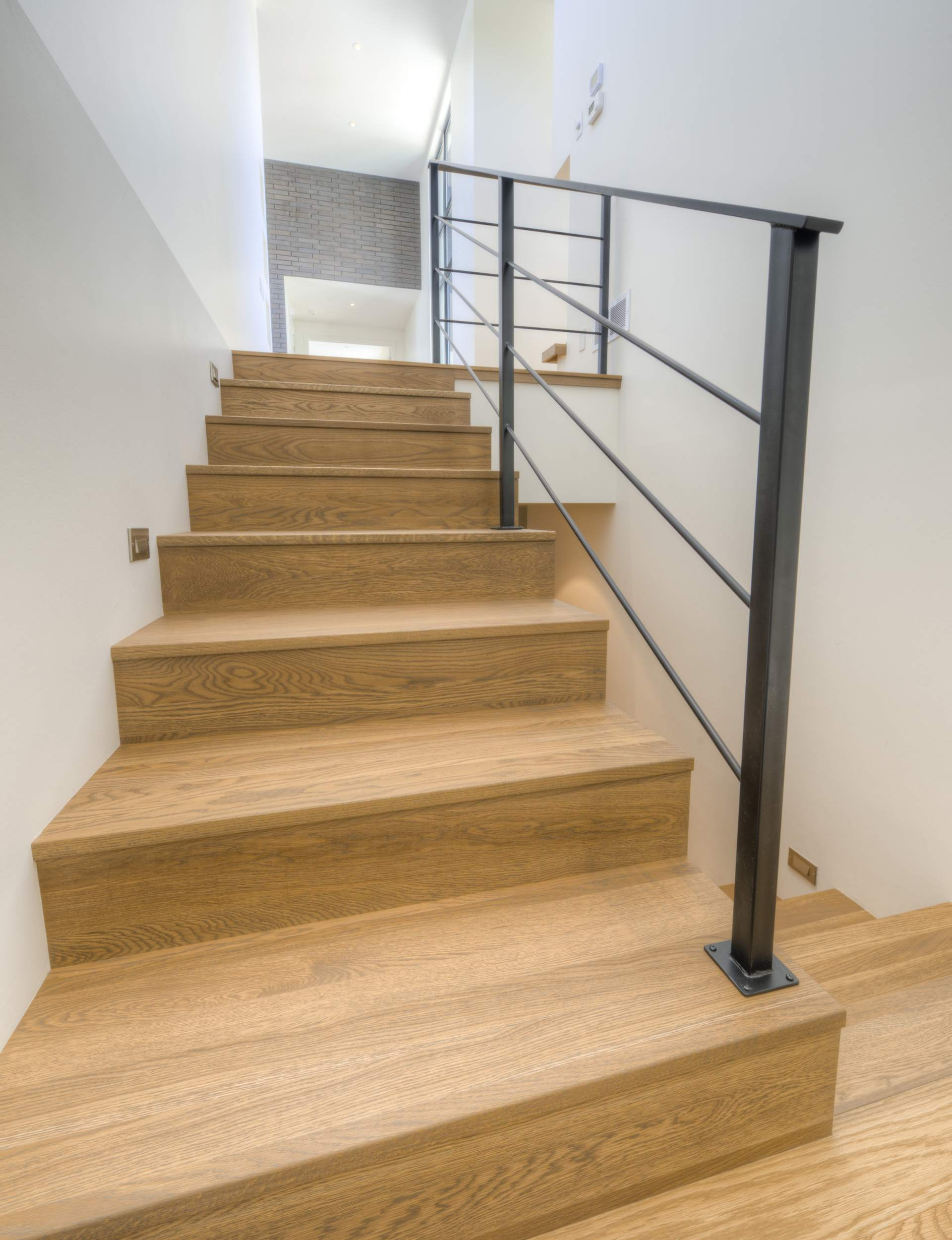 Renover escalier bois photos awesome with renover - Renover escalier en bois ...